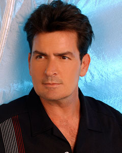 http://www.google.de/imgres?imgurl=http://static.tvfanatic.com/images/gallery/charlie-sheen-as-charlie-harper.jpg&imgrefurl=http://naiklas17.blogspot.com/ ... - charlie-sheen-as-charlie-harper